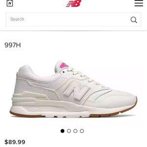 Women New Balance shoe 997H condition new
